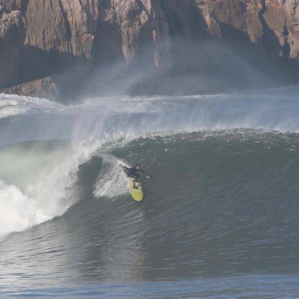 Carlos Gomez Escuela de surf los locos 2