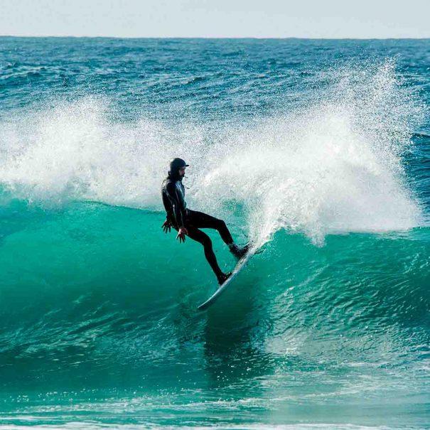 Carlos Gomez Escuela de surf los locos 4